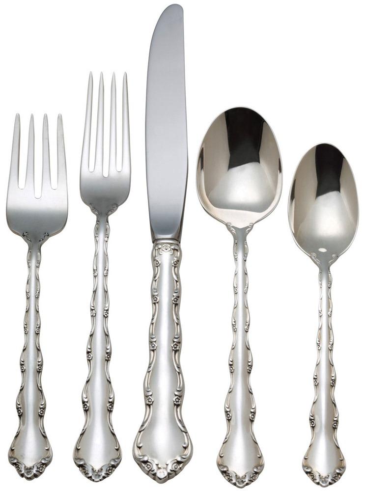 Góra Ekskluzywne sztućce srebrne - komplet dla 12 osób firmy OP52